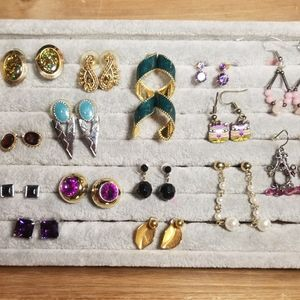15+ Pairs of Earrings